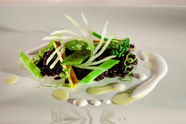 Crunchy Black Rice with Green Vegetables and Brazil Nut Milk